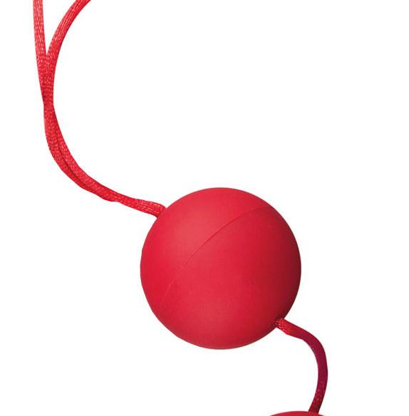 velvet_red_balls.jpg
